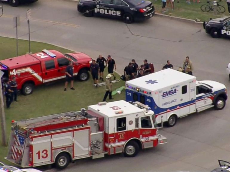 PHOTO: Multiple people were injured in a shooting at an Oklahoma City restaurant Thursday afternoon, police said.