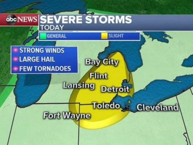 PHOTO: Severe storms develop.