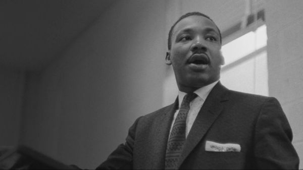 Americans honor Dr. Martin Luther King Jr. Video - ABC News