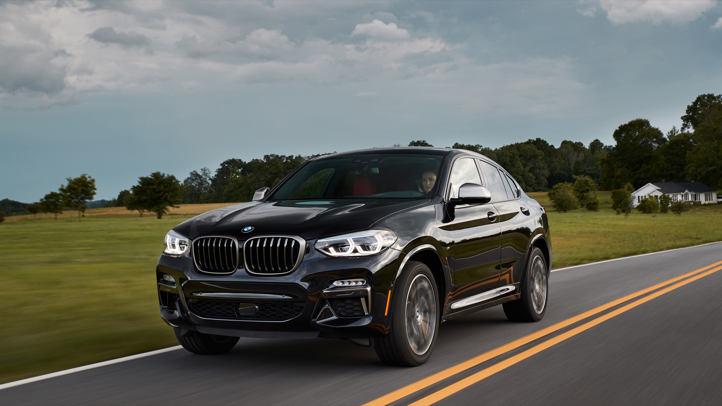 2019 Bmw X4 Review Sacrificing Practicality For Style