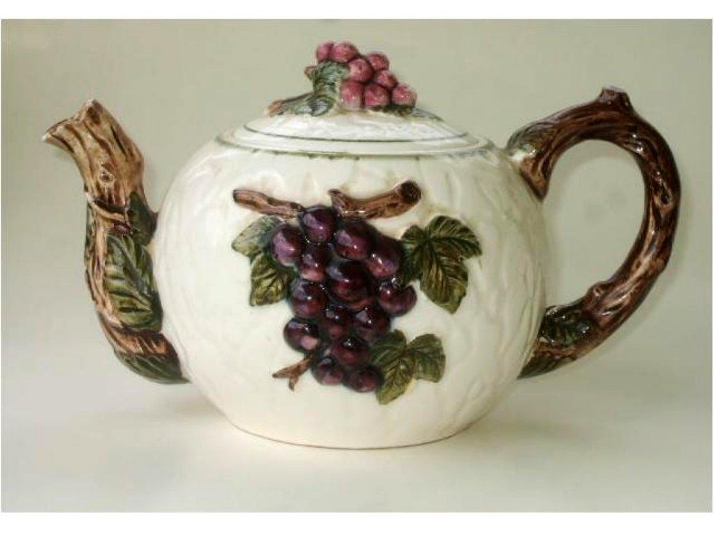 Vineyard Grapes Ceramic Teapot