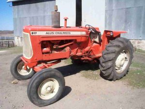 ALLIS CHALMERS D17 D17 TRACTOR OPERATIONS PARTS MANUAL