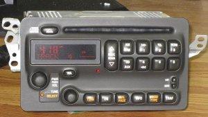 ~NEW~ 20032005 GM PONTIAC VIBE TOYOTA MATRIX AMFMCD RADIO  UNLOCKED
