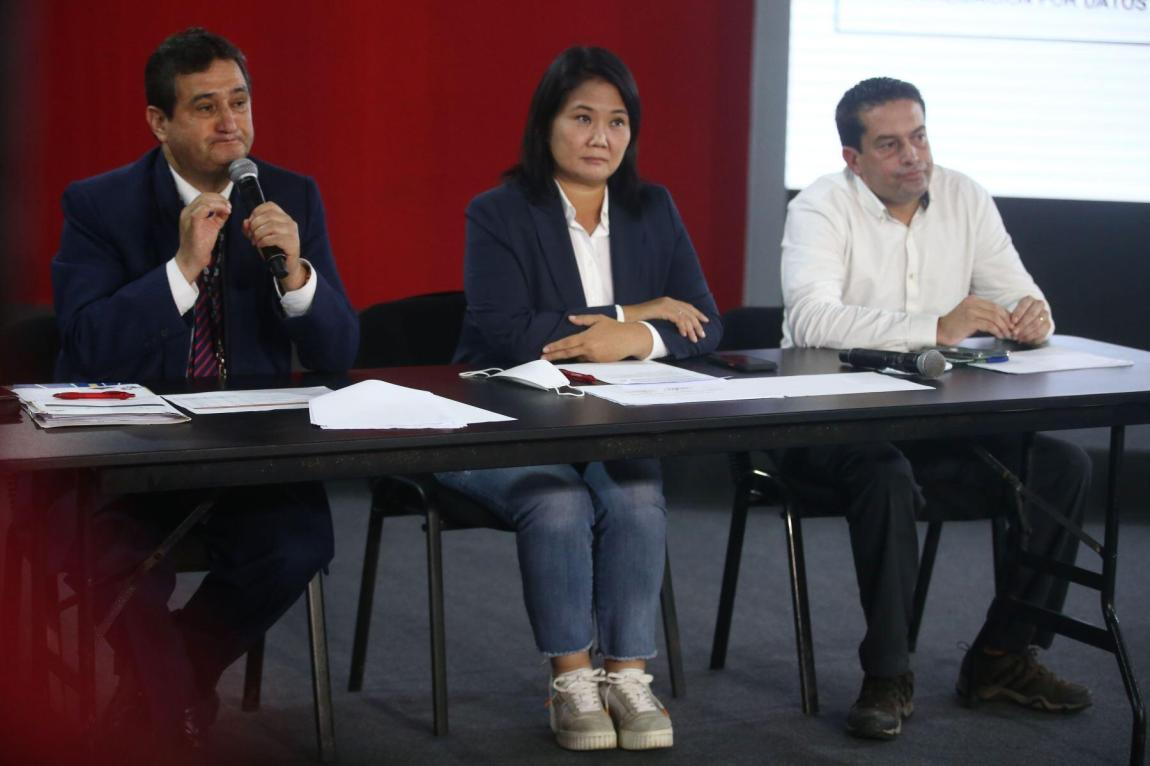 On June 9, three days after the elections, Keiko Fujimori announced that his party was requesting the nullity of 802 polling stations;  an unprecedented amount, which would represent more than 200,000 votes.  In the last two elections in Peru, challenges of this type have only reached 26.