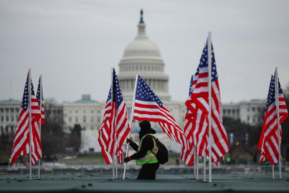 Covid-19 : les États-Unis déplorent plus de 400 000 morts