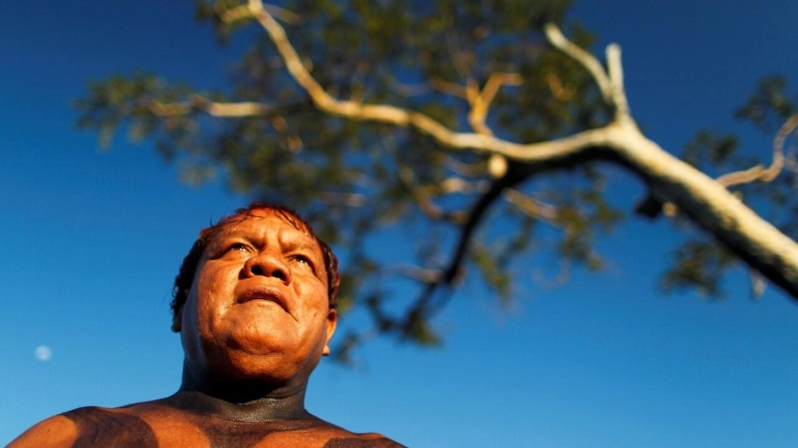 FILE PHOTO: Yawalapiti chief Aritana is seen in the Xingu National Park, Mato Grosso State, May 9, 2012.