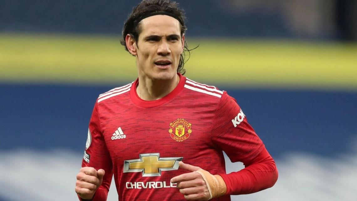 Manchester United's Uruguay international striker Edinson Cavani is eyeing a return to South American football, his father said