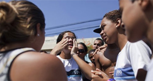 Ex-aluno mata 11 a tiros em escola na Zona Oeste do Rio (Ag. AP)