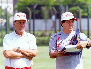 Telê Santana e Muricy Ramalho no São Paulo 1995  (Foto: Arquivo / Ag. Estado)