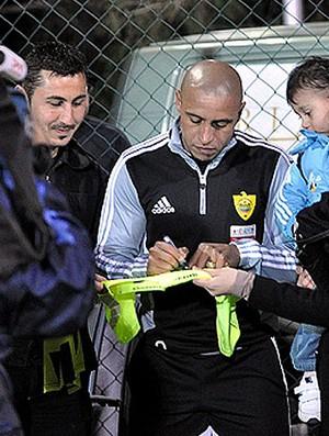 roberto carlos ANZHI   (Foto: Divulgação/Site Oficial)