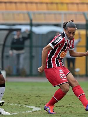 Carlinhos Paraíba em ação pelo São Paulo (Foto: Wander Roberto/VIPCOMM)