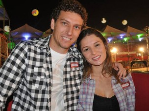 Elano e Alexandra Blumer (Foto: Ego)