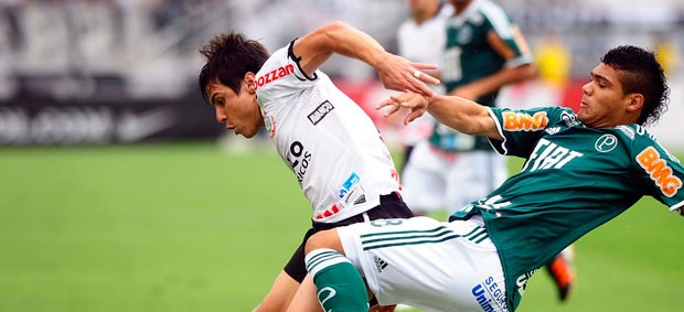 Willian, Corinthians x Palmeiras (Foto: Marcos Ribolli/Globoesporte.com)