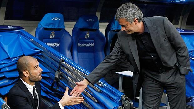 guardiola mourinho real madrid x barcelona (Foto: EFE)