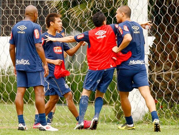 confusão no treino do santos, ze eduardo, neymar, marcel