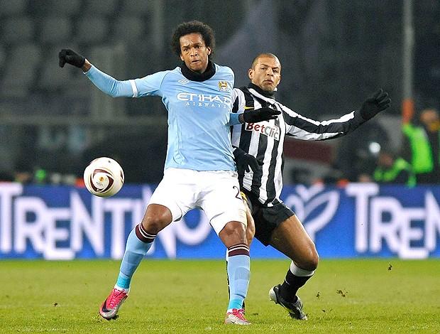 Jô Felipe Melo Juventus x Manchester City