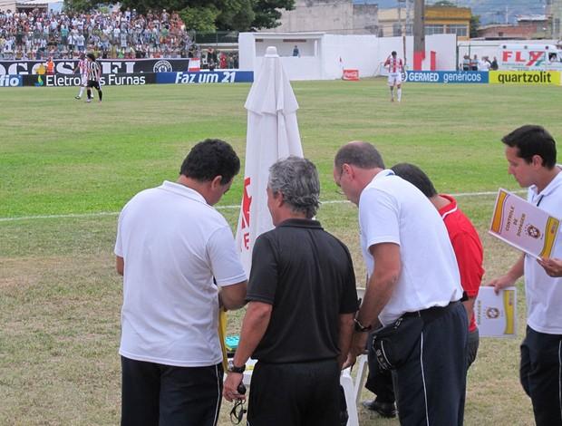 Sorteio antidoping Botafogo x bangu (Foto: Thales Soares / Globoesporte.com)
