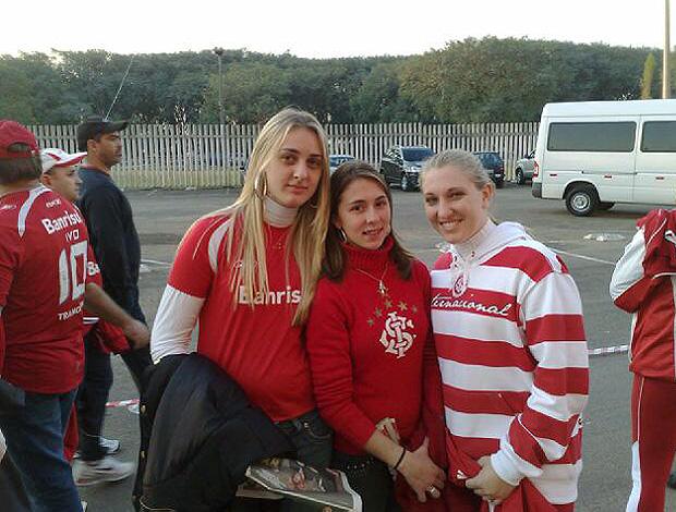 chegada da torcida do Internacional no Beira-Rio