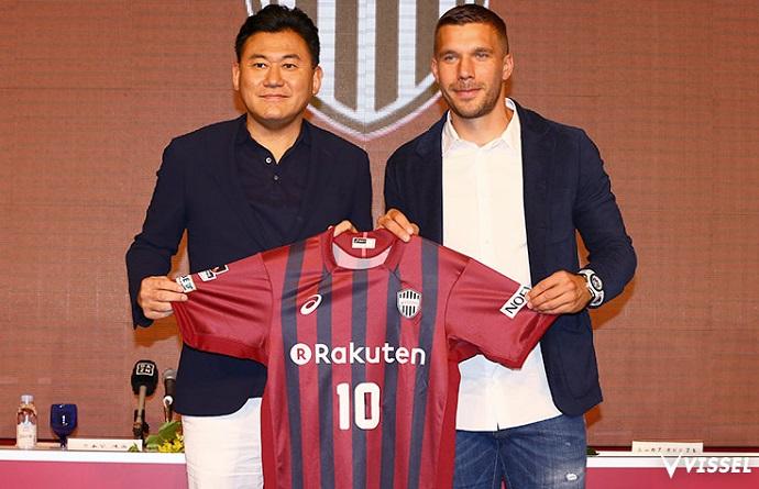 Resultado de imagem para Lukas Podolski no Japão