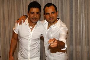 Zezé Di Camargo e Luciano no Show da Virada em São Paulo (Foto: Iwi Onodera/ EGO)