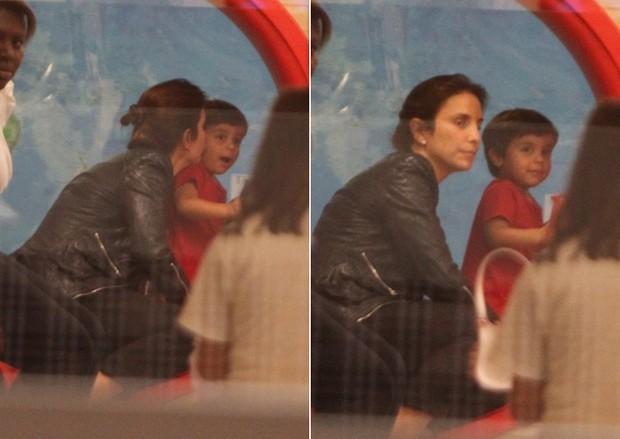 Ivete Sangalo se diverte com o filho em shopping carioca (Foto: Delson Silva / Ag News)