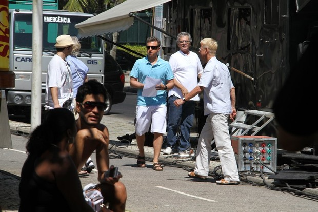 Luciano Huck grava comercial no Rio (Foto: Daniel Delmiro / Ag. News)