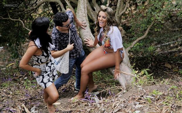 A ex-BBB Monique posa para o Paparazzo (Foto: Alexandre Campbell / Paparazzo)