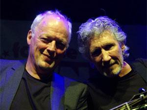 David Gilmour (esquerda) e Roger Waters, em show na semana  passada