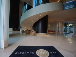 Interior do Biscayne Bay 900.
