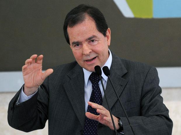 O ministro de Ciência e Tecnologia, Sergio Rezende, durante reunião de coordenação anual do Fórum Brasileiro de Mudanças Climáticas
