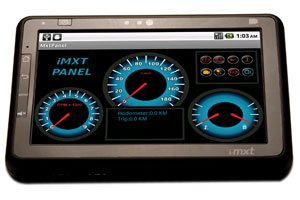 Tablet pode ser conectado ao veículo para monitorar o seu funcionamento (Foto: Divulgação)