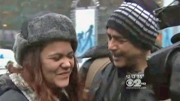 Reencontro entre Morales e Sarah foi registrado pela imprensa americana (Foto: Reprodução/CBS)