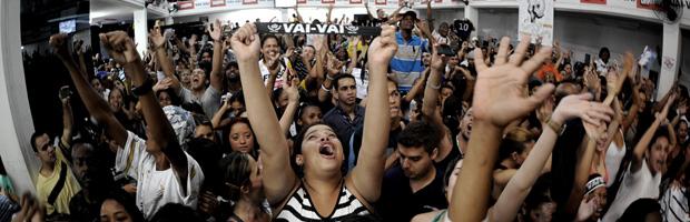 Vai-Vai é a campeã do carnaval 2011 de SP (Vai-Vai é a campeã do carnaval 2011 de SP (Vai-Vai é a campeã do carnaval 2011 de SP (Vai-Vai é a campeã do carnaval 2011 de SP (Vai-Vai é a campeã do carnaval 2011 de SP (Vai-Vai é a campeã do carnaval 2011 de SP (Vai-Vai é a campeã do carnaval 2011 de S)