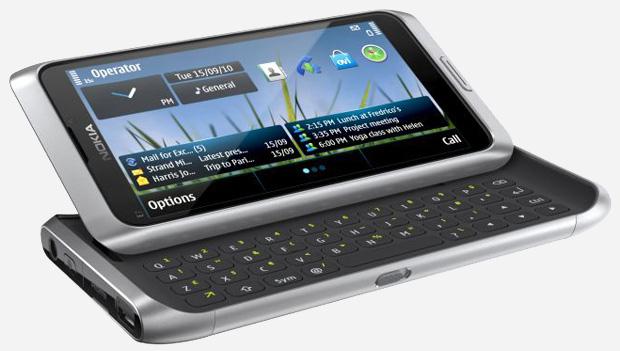 Nokia E7 tem teclado físico Qwerty e acesso a diversos utilitários corporativos (Foto: Divulgação)