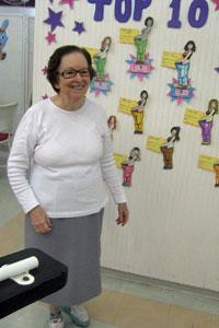 'Tive que mandar apertar minhas roupas', diz Irmã Fátima (Foto: Mariana Faraco/G1)
