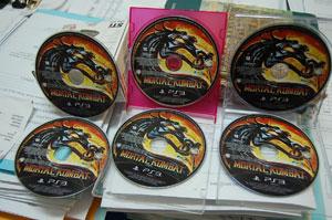 Polícia Civil de Manaus divulgou cópias do game 'Mortal Kombat que foram furtadas (Foto: Divulgação/Polícia Civil do Amazonas)