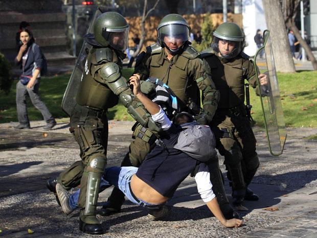 Chile protesto 1 (Foto: Ivan Alvarado / Reuters)