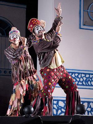 Espetáculo é inspirado em figuras da cultura popular nordestina (Foto: Divulgação)