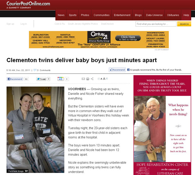Nicole e Danielle posam ao lado de seus filhos. Ainda no hospital elas riram ao lembrar que ficaram enjoadas juntas durante a gravidez. (Foto: Reprodução)