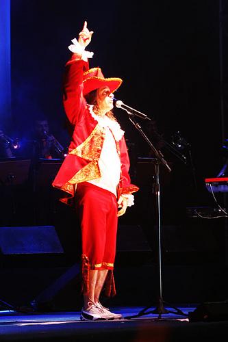 Alceu vestido de conde Maurício de Nassau no canrval de 2006 (Foto: Divulgação)