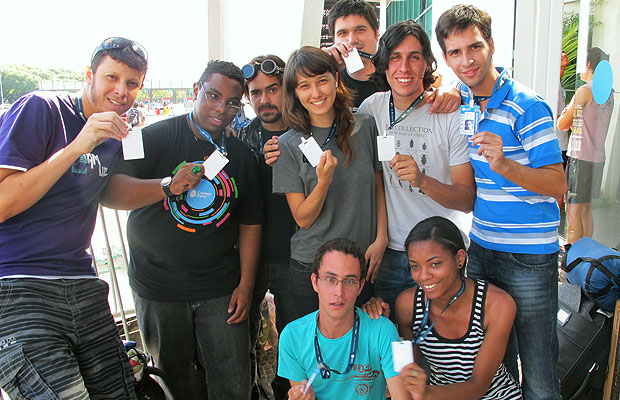 Campuseiros chegaram no domingo (5) para serem os primeiros da fila do evento (Foto: Laura Brentano/G1)