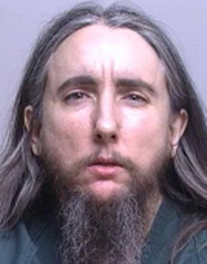 Joseph Ali Bin Muhammad é acusado de apertar genitália de policial. (Foto: Divulgação)