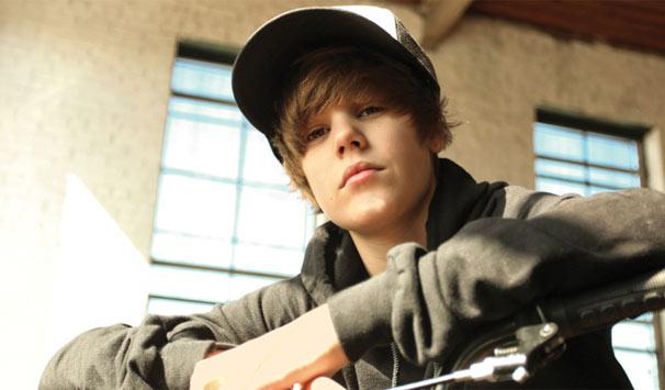 Compacto traz show de Justin Bieber no Estádio do Morumbi, além de shows das bandas Cine (Foto: Divulgação)