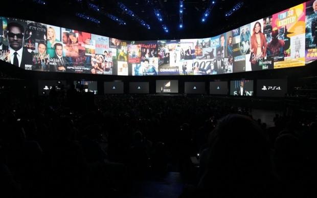 PlayStation 4 também terá integração com aplicativos de entretenimento (Foto: Léo Torres / TechTudo)