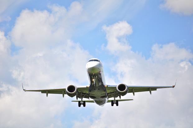 Avião decolando (Foto: Reprodução/stock.xchng)