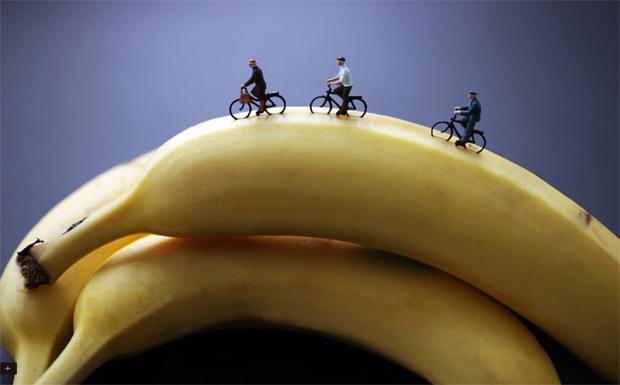 Passeio de bicicleta em bananas (Foto: Reprodução)