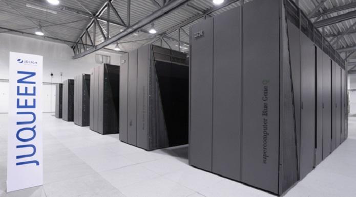 O Juqueen é o computador mais poderoso da Europa (Foto: Reprodução / Jülich Research Center)