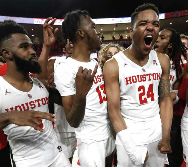 UH's Corey Davis Jr., from left, Dejon Jarreau and Breaon Brady hope their Tulsa time will be a good one. The Cougars begin NCAA Tournament play there against Georgia State at 6:20 p.m. Friday, with the survivor taking on the winner of Iowa State-Ohio State Photo: Brett Coomer, Houston Chronicle / Staff Photographer / © 2019 Houston Chronicle