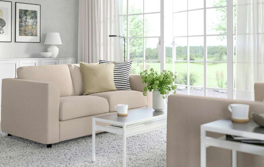 Furniture and decor ideas for your small living room - SFGate on Small Living Room Ideas  id=63166