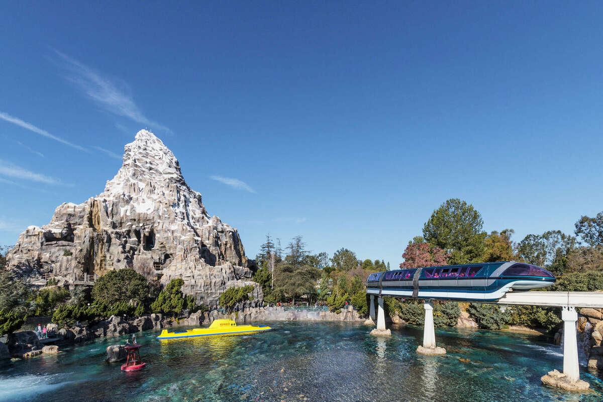 Sie war die erste achterbahn. Disneyland Reveals Which Rides Will Won T Be Open When The Park Reopens April 30